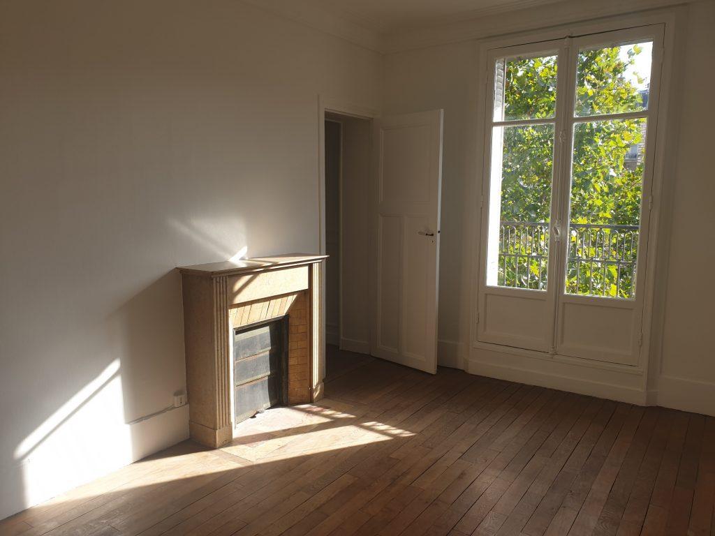 bel appartement ensoleillé 3 pièces place d'Alesia